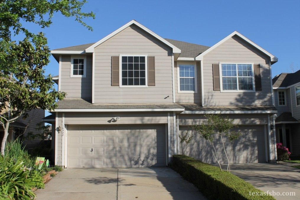 Nicely Updated Patio Home 16522 Cairngrove Houston TX